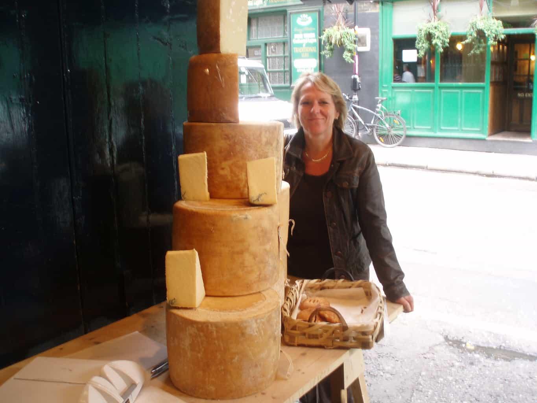 Bezoek aan de beroemde kaaswinkes van Neils Yard, Londen