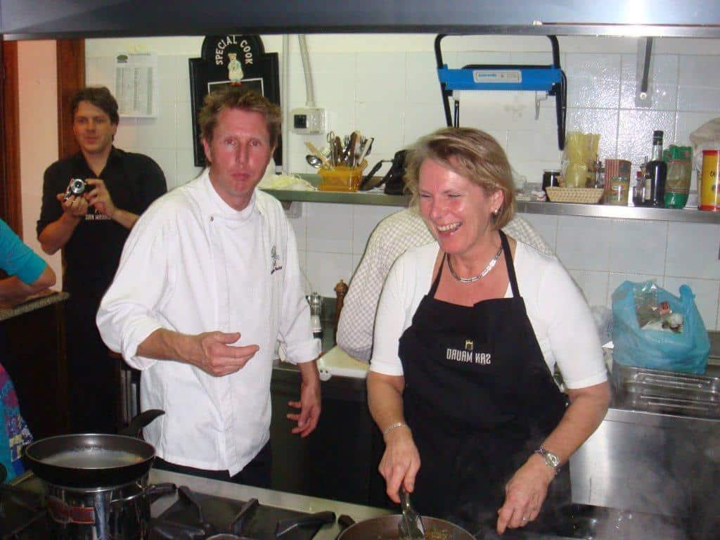 Koken met olijflolie van San Mauro samen met Alain Alders