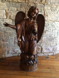 Montes Wines beeld engel