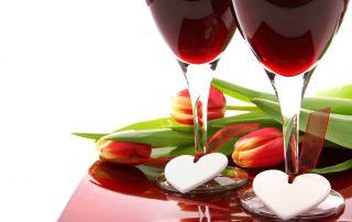 Wijn rood tulpen en hartjes Pixabay