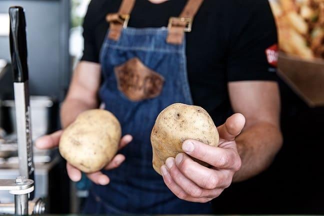 Bram Ladage introduceert BRAM'S Gourmet in Tilburg