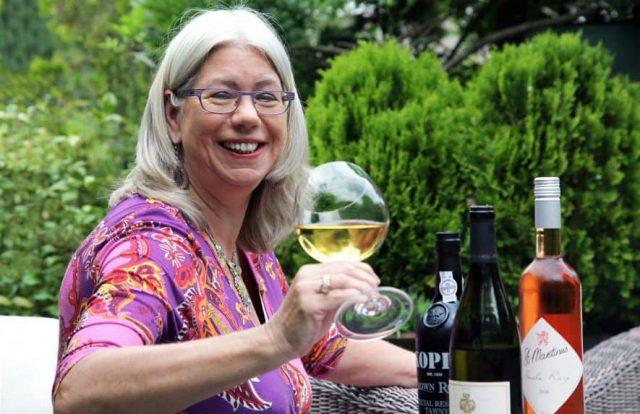 Key to Wine Titia