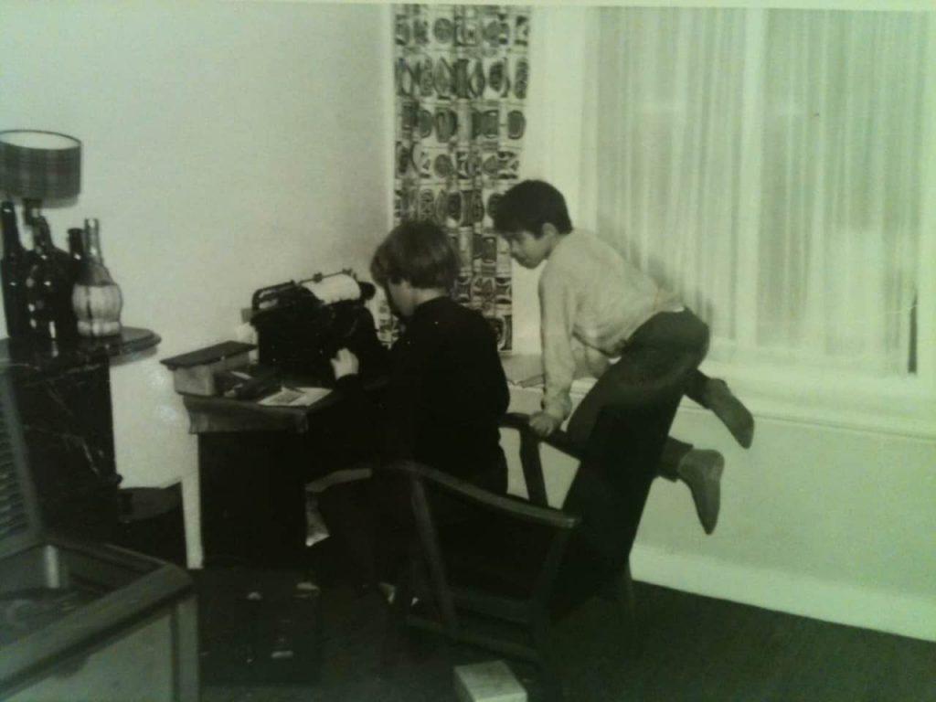 Op zijn 13e kocht Harold Hamersma al zijn eerste typemachine