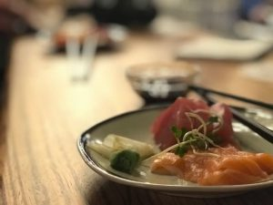 Langoest sashimi