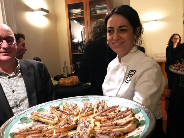 Croatian Wine Ambassador Sacha met ansjovis