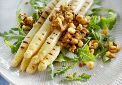 Mathijs Vrieze recepten gegrilde asperges en sauvignon blanc uitgelicht