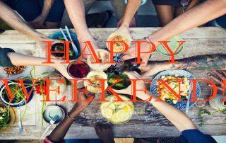 Happy Weekend Uitgelicht proost boven tafel